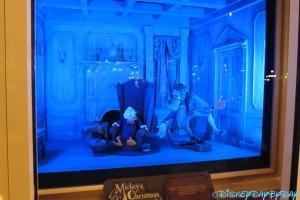 Mickeys Christmas Carol 1