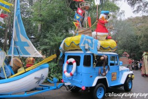 Mickey's Jammin' Jungle Parade 072013 - 32
