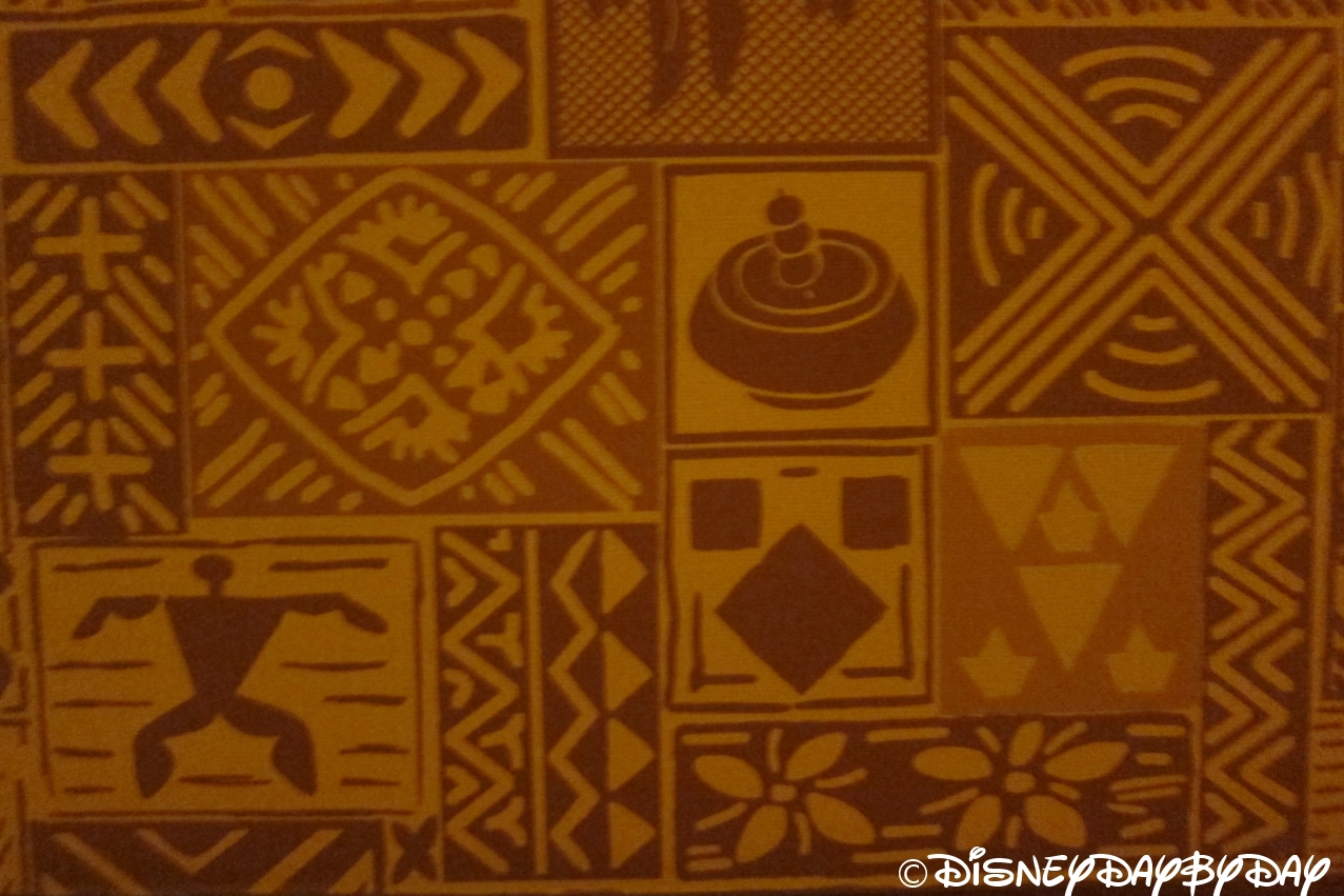 Hidden Mickey Monday: Aulani Wallpaper